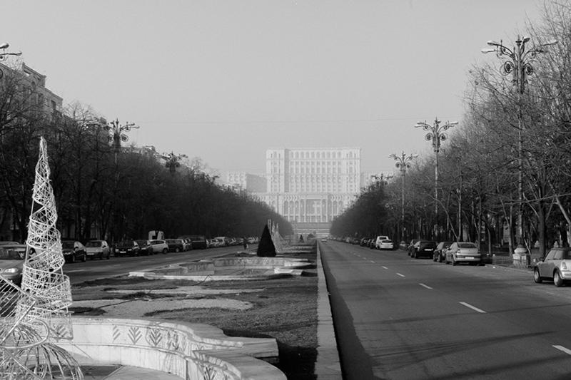 Nouveau-Noir-Boekarest-20151221-olympus-om1-015