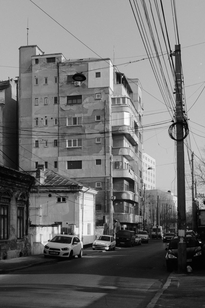 Nouveau-Noir-Boekarest-20151221-olympus-om1-022