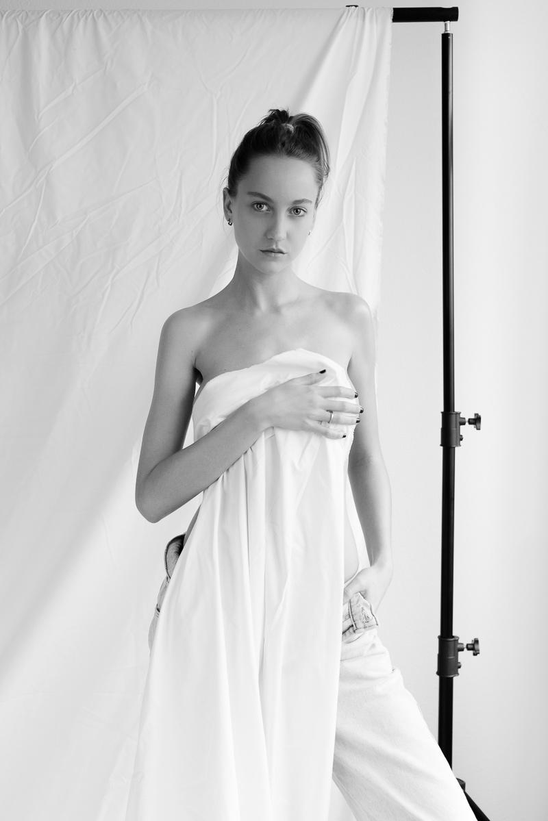 Evelyne in Take Your Shot Part 2- Nouveau Noir Photography